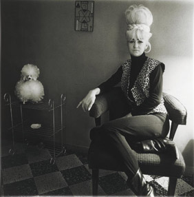 http://daisyp.files.wordpress.com/2009/06/diane-arbus2.jpg